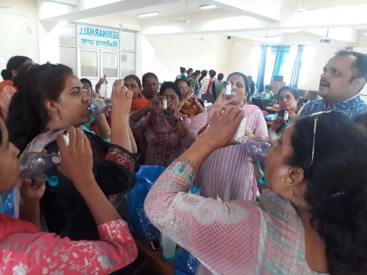 Training the nurses to use inhaler devices