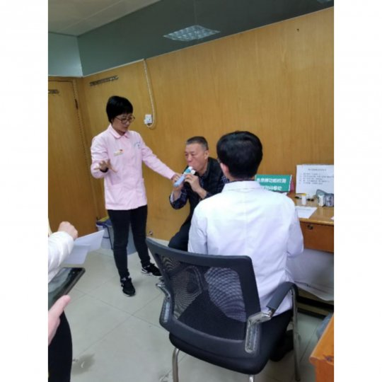Patient recruitment in Shayuan CHC,Guangzhou and Caiyu CHC,Beijing