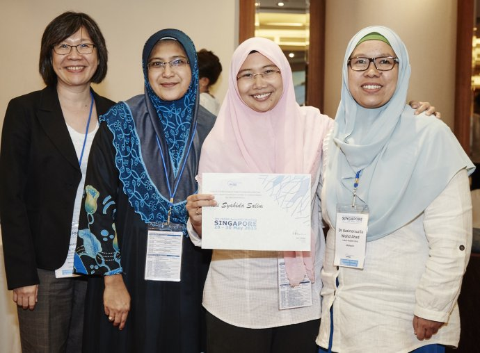 Prize winners at the IPCRG Singapore research school